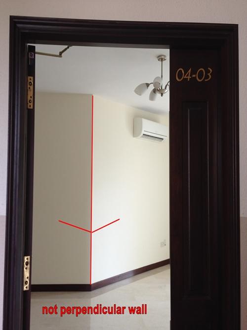 Main door feng shui master for Feng shui bedroom door facing stairs